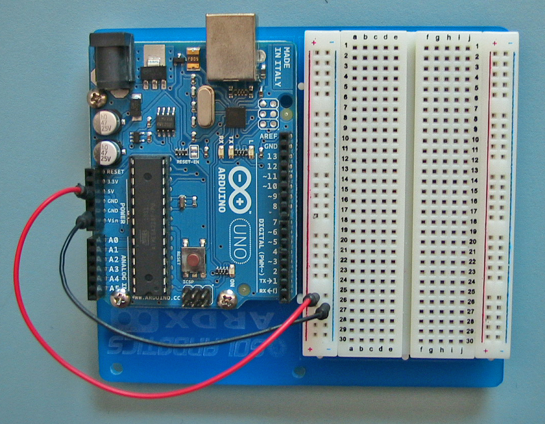 Arduino Intro Labs For Tangible Computing 3 Introductory Lab 12 Volt Led Flasher Circuit Click Details Hint Modern Breadboards Are Easy To Use There Specially Designed Patch Wires Which Flexible But Have Rigid Pins On The End Make Them